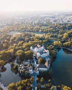 Vajdahunyad Castle in Budapest, Hungary Budapest City, Budapest Hungary, Most Beautiful Cities, Wonderful Places, Places Around The World, Around The Worlds, King B, Camping Europe, Vacation Wishes