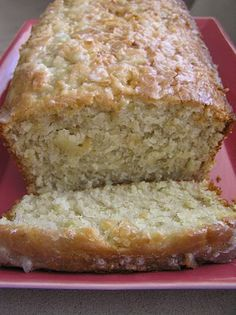 Sweet Luvin' In The Kitchen: Jamaican Banana Bread (w/coconut) Jamaican Desserts, Jamaican Dishes, Jamaican Cuisine, Jamaican Recipes, Banana Bread Recipes, Cake Recipes, Dessert Recipes, Jamaican Banana Bread Recipe, Cake