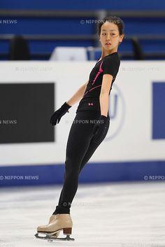 Preparation - Mao Asada (JPN), APRIL 26, 2011 - Figure Skating : ISU World Figure Skating Championships 2011 Women's Practice at Ice Palace Mega sport, Moscow, Russia. (Photo by YUTAKA/AFLO SPORT) [1040]