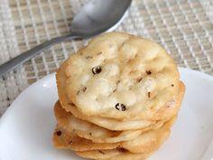 Farsi Puri - Crispy Maida Flour Puri - Deep Fried Indian Snack - Diwali Nasta Special - Step by Step Photo Recipe