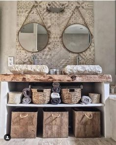 Cement tiles in the bathroom: 20 inspiring ideas! - Kozikaza - Bathroom with double marble basins, decorative cement tiles Decor, Interior, Country Bathroom, Deco, Bathroom Red, Home Decor, Cement Tile, Trending Decor, Bathroom Inspiration