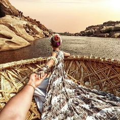 India - photography by murad osmann. Stunningly Beautiful, Beautiful World, Murad Osmann, Travel Couple Quotes, Cities, Dream Pictures, Anamika Khanna, Packing List For Travel, Pre Wedding Photoshoot