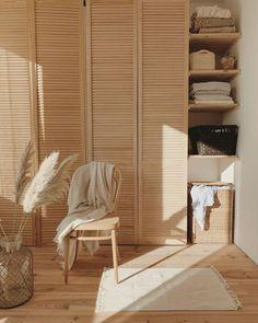 Ikea Pax Doors, Wood Closet Doors, Best Interior, Interior Design, Home Interior, Louvre Doors, White Rooms, Home Living, New Room