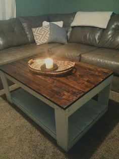 Beautiful Rustic Wood Pallet Coffee Table by CollensRusticDesigns