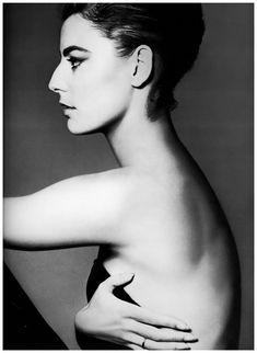 Antonella Agnelli – 1961 Photo Richard Avedon
