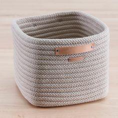 Baskets For Shelves, Toy Storage Baskets, Large Baskets, Rope Basket, Basket Weaving, Circle Quilts, Stow Away, Boho Living Room, Basket Decoration