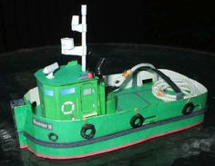 A Hovercraft And Some Boats Paper Models - by Marine Modelling Magazine - == -  Visit Marine Modelling Magazine to download four nice paper models of boats and even a hovercraft in 1/72 scale.