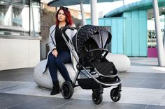 The Infababy PRIMO is suitable for up to approx. 4 years or The seat unit can face both directions. The tires are puncture proof and hard wearing while still allowing for a smooth ride. Hard Wear, How To Wear, Changing Bag, Travel System, My Size, 4 Years, Baby Strollers, Car Seats, Smooth