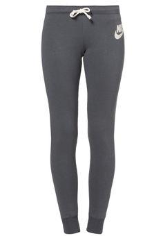 Nike Sportswear - RALLY Style Sportif, Tracksuit Bottoms, Nike Sportswear, Sport Fashion, Rally, Sweatpants, Sportswear, Fashion Ideas, Sporty Fashion