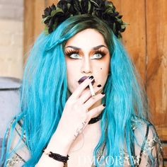 Adore Delano, my queen, my saviour Drag Queen Makeup, Drag Makeup, Pretty People, Beautiful People, Danny Noriega, Rupaul Drag Queen, Drag Queens, Adore U, Girl Smoking