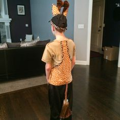 Oh the things we do for school music programs :) Here is how I made a giraffe costume for my son. A few quick notes. Giraffe Costume, Social Studies, Dress Up, Science, Costumes, Summer Dresses, Halloween, Girls, Ideas