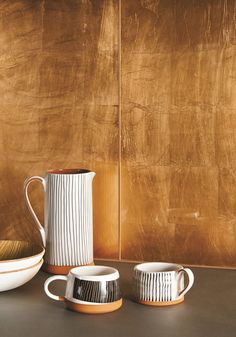 A wide range of glass wall tiles for bathrooms and kitchens in Bristol. Copper Kitchen, Kitchen Tiles, Kitchen Design, Copper Splashback Kitchen, Tiles Uk, Wall Tiles, Glass Tile Backsplash, Glass Tiles, Copper Glass
