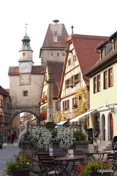 The Fairy Tale Town of Rothenburg ob der Tauber - California Globetrotter