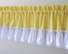 Valance with Lace & Yellow Gingham by treadlesandpedals on Etsy Patchwork Cushion, Patchwork Baby, Crazy Patchwork, Patchwork Patterns, Patchwork Designs, Home Curtains, Kitchen Curtains, Valance Curtains, Patchwork Kitchen