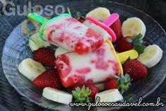 Como calor não diminui que tal fazer uma deliciosa Paleta Mexicana de Banana com Morangos para refrescar? É tão fácil e rápida que pode fazer já!  #Receita aqui: http://www.gulosoesaudavel.com.br/2014/12/19/paleta-mexicana-banana-morangos/