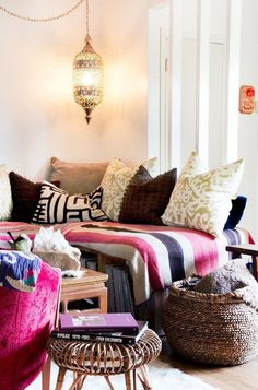Bohemian Chic: decorating with texture and pattern @Remodelaholic Image featured on Remodelaholic.com via Apartment Therapy. Get this look with our tips. Decor, Home, Home Bedroom, Comfy Chairs, Home And Living, Bedroom Decor, Interior Design, Room, Apartment Decor