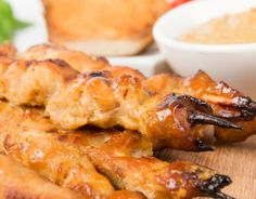Barbecue Filipino Dishes, Filipino Recipes, Best Dishes, Food Dishes, Philippine Cuisine, Tasty, Yummy Food, Barbecue Chicken, Stop Eating