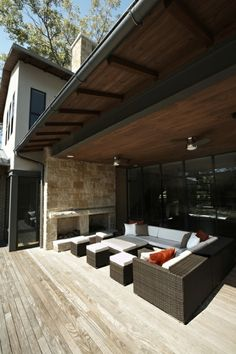 Contemporary Porch Patio Furniture Design, Pictures, Remodel, Decor and Ideas - page 14 Outside Furniture, Indoor Outdoor Furniture, Outdoor Rooms, Outdoor Living, Outdoor Decor, Outdoor Stairs, Living Pool, Contemporary Patio, Eclectic Modern