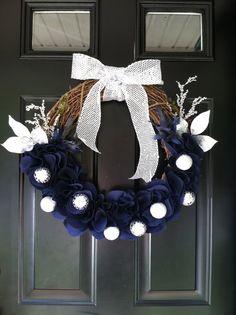 elegant Hanukkah wreath by jennyCmoon on Etsy, $45.00