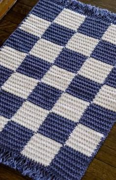 Free Crochet Checkerboard Rug Pattern
