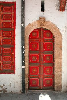 Africa | Medina, Morocco © Patricia Luckenbill Rot by PatriciaLuckenbill on Flickr. (via Pinterest)