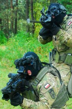 Polish Special Forces AGAT. - www.Rgrips.com