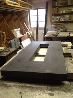 Building a Concrete Countertop for a Fire Pit Diy Concrete Countertops, Kitchen Countertop Materials, Kitchen Countertops, Concrete Furniture, Modular Furniture, Furniture Upholstery, Inexpensive Furniture, Cheap Furniture, Kitchen Furniture