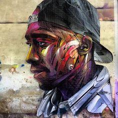 Street Art by Hopare - Tribute to Tupac Amaru Shakur Street Wall Art, Street Mural, Street Art Graffiti, Graffiti Murals, Mural Art, Banksy, Portrait Art, Portraits, 2pac