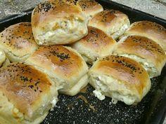 Špaldové syrové pečivo (fotorecept) Bagel, Hamburger, Appetizers, Bread, Food, Basket, Meal, Hamburgers, Essen