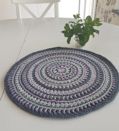 Mandalastyle Placemats 2.0 with no flaring!   Stitches and Supper