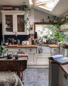 Cheap Home Decor Boho Kitchen Decor Ideas for House or Apartment Küchen Design, House Design, Interior Design, Interior Colors, Interior Plants, Interior Ideas, Modern Design, My Dream Home, Home Kitchens