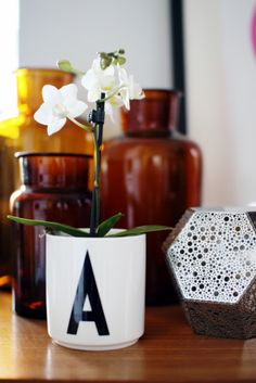 Via Aniliini | Design Letters Mug with Flowers Use broken mug with F for this!!