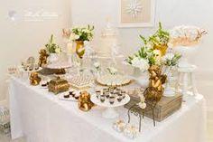 Resultado de imagen para decoração de batizados branco e dourado