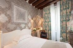 PARIS I Hôtel Saint-Paul Le Marais - 8, Rue de Sévigné, 75001 PARIS - A Double Room