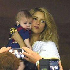 Bella mama, precioso bebe ♥ Shakira with Sasha