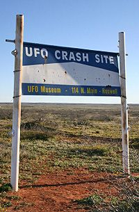 Roswell UFO Crash Site and Sign, Roswell, New Mexico. ****** I WOULD LIKE TO GO TO THAT PLACE.