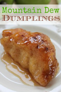 You won't believe how easy this dumpling recipe is to make! With fresh, juicy apples and crescent rolls this dessert is super easy to make with incredible flavor and texture. desserts with crescent rolls Mountain Dew Apple Dumplings - BargainBriana Apple Crescent Rolls, Crescent Roll Apple Dumplings, Easy Apple Dumplings, Crescent Roll Recipes, Pioneer Woman Apple Dumplings, Croissant, Apple Dumplins, Eat This, Albondigas