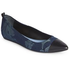 Lanvin Embellished Velvet Cap Point-Toe Flats (145.915 CLP) ❤ liked on Polyvore featuring shoes, flats, apparel & accessories, petrol blue, lanvin flats, blue velvet shoes, flat cap, blue glitter shoes and slip-on shoes