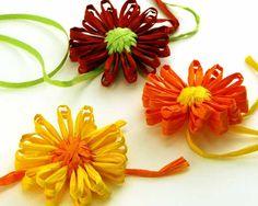 Raffia Flower. Maria, these you'll probably like best. :)