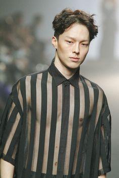 seoulfashionweek-ss16-resurrection-jangkiyong (1000×1500)