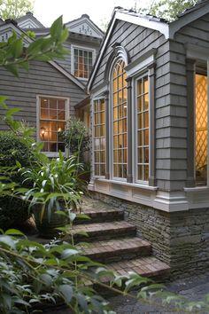 Back Garden Entry Hedges Landscaping, Facade House, House Facades, Porch Veranda, Commercial Construction, Back Gardens, Landscape Design, Windows, Mansions