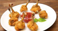 Csirke lollipop recept: A csirke lollipop egy egyre népszerűbb étel. A recept, azaz az elkészítés is roppant egyszerű, és az eredmény egy remek étel, amit összejövetelekre, partykra is el lehet sütni. Különböző szószokkal, mártogatósokkal kiválóan fogyasztható! ;) Próbáld ki Te is a csirke lollipop-ot!