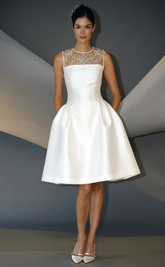 Утонченность и элегантность платья в стиле Шанель