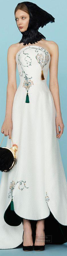 Bodice detail. Ulyana Sergeenko.Spring 2015 Couture.