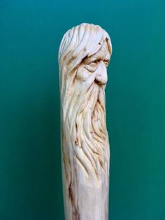 Wood Carving Faces, Wood Carving Designs, Wood Carving Patterns, Tree Carving, Wood Carving Art, Wood Patterns, Wood Art, Wooden Walking Sticks, Walking Sticks And Canes