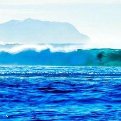 Surfer at Alnes  A very cold winterday  #ocean #alesund #alnes #myphoto #surfing by elin_parr