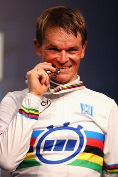 キリエンカ「気分は最高」自身初の男子個人TT制覇。 ロード世界選手権 国際ニュース:AFPBB News #Richmond2015 #rm_112