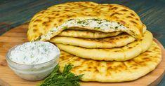 Turte cu brânză și verdeață. Ar fi bine să faceți deodată mai multe! - Bucatarul Fun Cooking, Cooking Recipes, Russian Recipes, Types Of Food, Salmon Burgers, Yummy Food, Lunch, Bread, Cheese