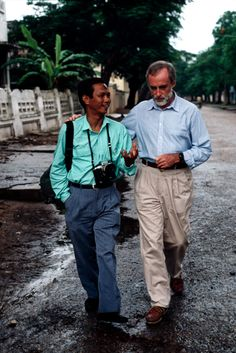 Pran and Schanberg/ Photography by Steve McCurry / Here you can download Steve's FREE PDF Catalog and order PRINTS /stevemccurry.com/...