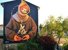 INTI mural, Cochabamba, Bolivia (via StreetArtNews). Love the hands and the light.